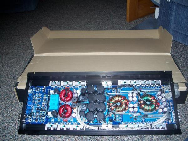 SCV-3000D - Sundown Audio Monoblock 3000W RMS